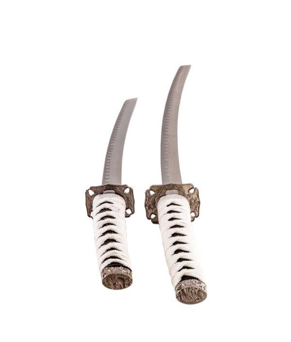 Samurai Garnitur Black and White mit zwei Schwertern von oben