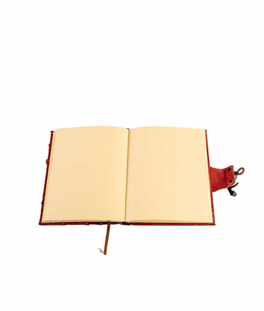 Lederbuch rot unliniert.