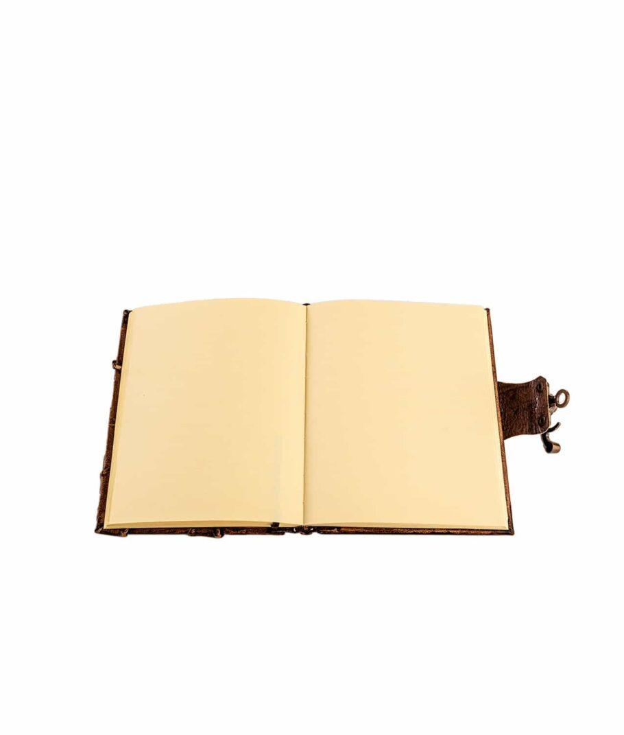 Lederbuch klein unliniert.