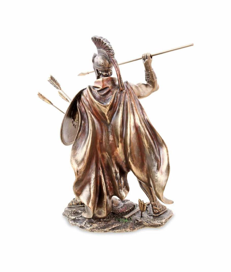 Kämpfender Leonidas mit Speer und Schild Rückenansicht