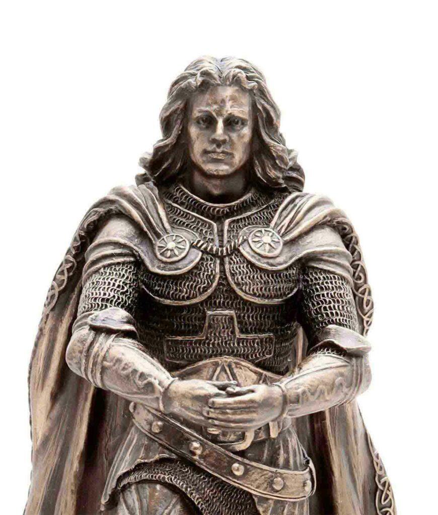 König Arthus zieht Excalibur aus dem Stein - Nahaufnahme Gesicht