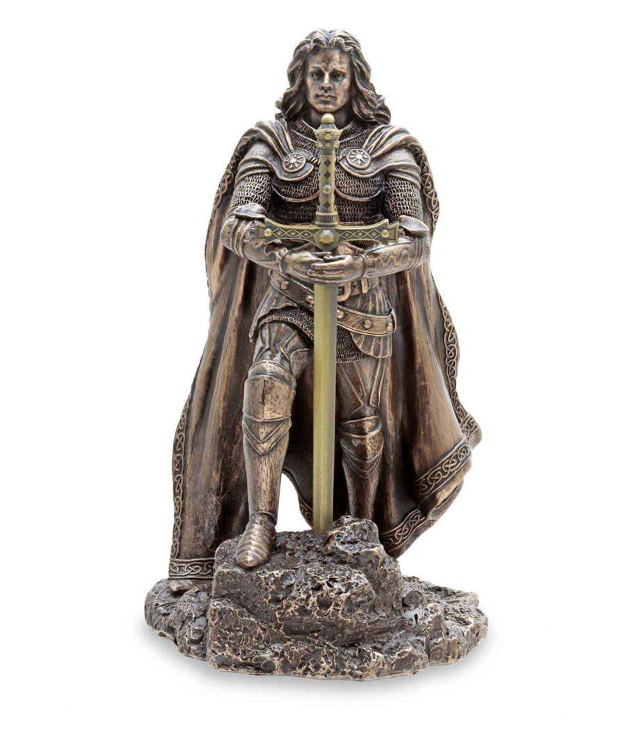 König Arthus zieht Excalibur aus dem Stein