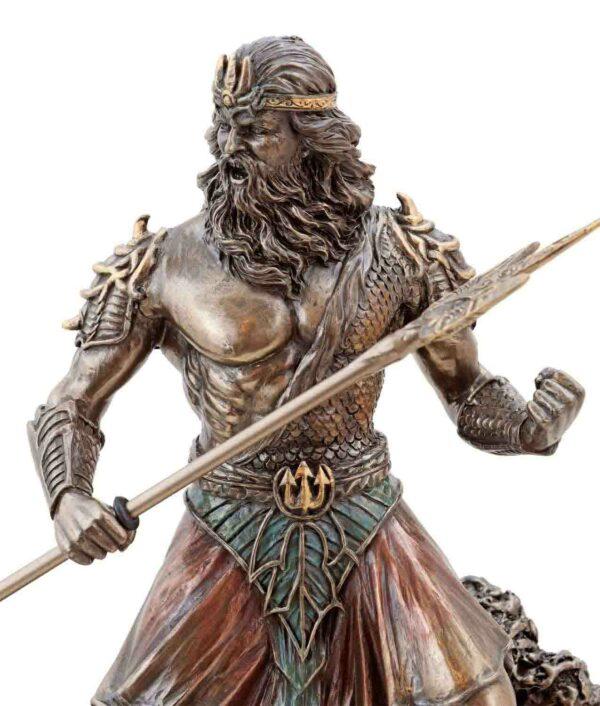 Meeresgott Poseidon mit Dreizack bronziert Gesicht