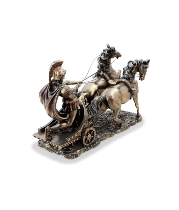 Römer im Streitwagen bronziet von hinten