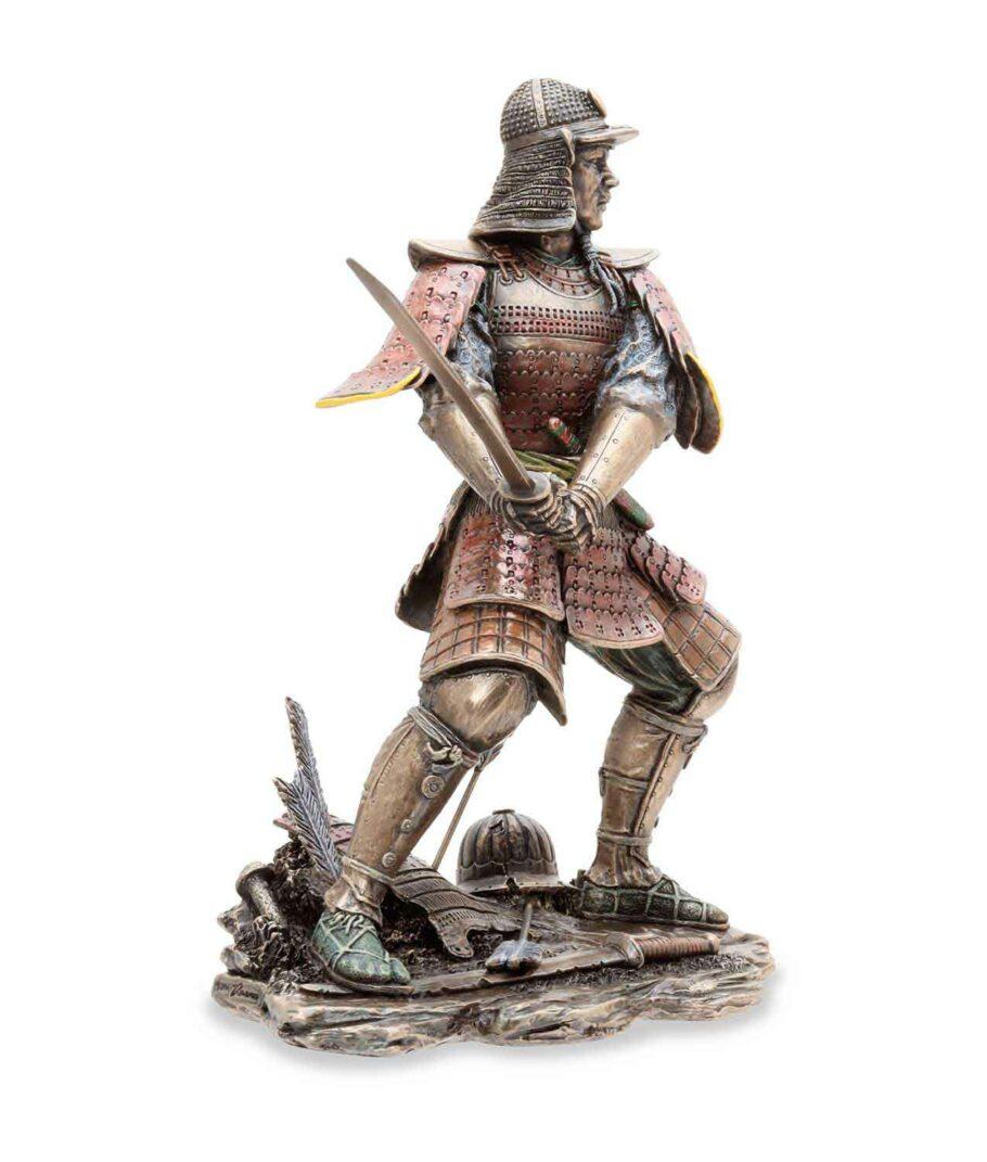 Samuraikriefer mit Schwert - rechte Seite