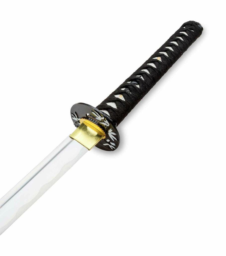 Der Griff und die Tsuba des Half-handmade Samuraischwert in Schwarz-weiß